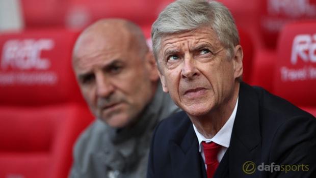 Arsene Wenger positif masuk empat besar