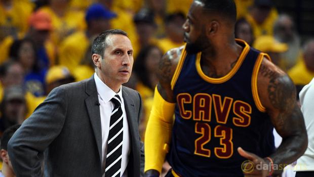 Cleveland-Cavaliers-coach-David-Blatt-and-LeBron-James