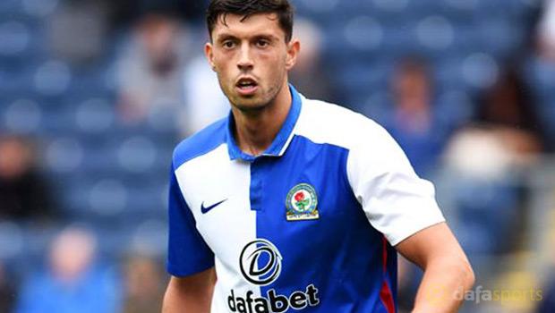 Blackburn-Rovers-midfielder-Jason-Lowe-2