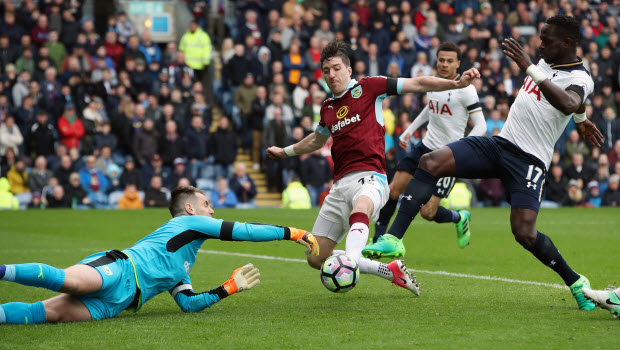 Tottenham-Hotspurs-Moussa-Sissoko-Burnley-v-Tottenham-Hotspur-Premier-League