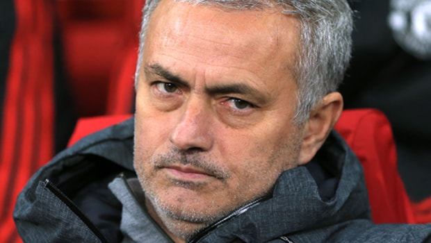 Jose-Mourinho-Man-United-min